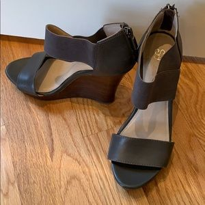 Seychelles wedge grey sandals